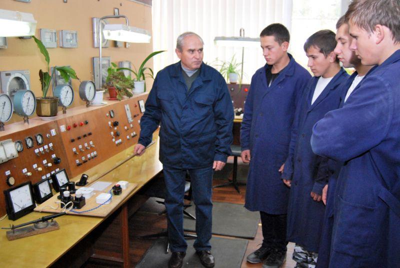 Слюсар контрольно-вимірювальних приладів та автоматики (КВПІА)